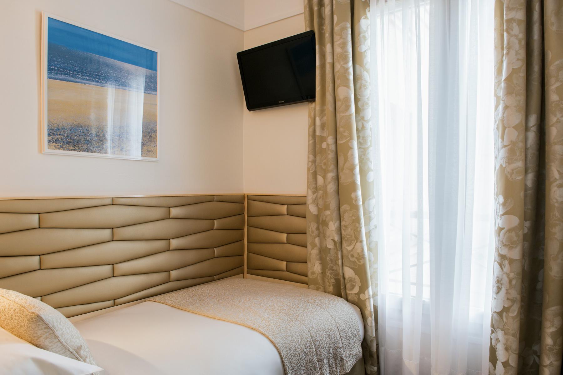 Pmt admin auteur h tel atlantic paris op ra saint for Hotel design 3 etoiles paris