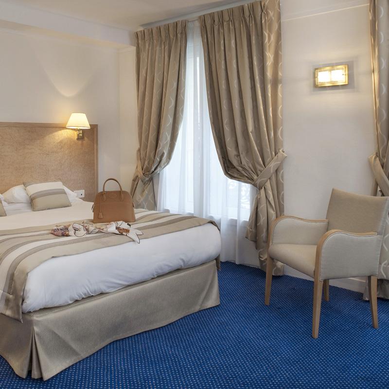 chambre-superieure-hotel-paris-saint-lazare-800